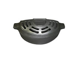 The 1.5 Quart Matte Black Wood Stove Insert Ledge Steamer fits on a narrow ledge better than full sized wood stove steamers. Ledge Steamer holds 48 oz.