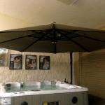 Large Outdoor Cantilever Umbrellas