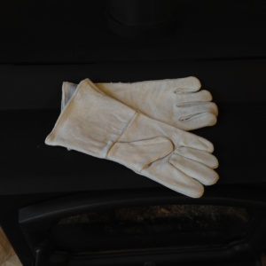 Grey Leather Fireplace Gloves