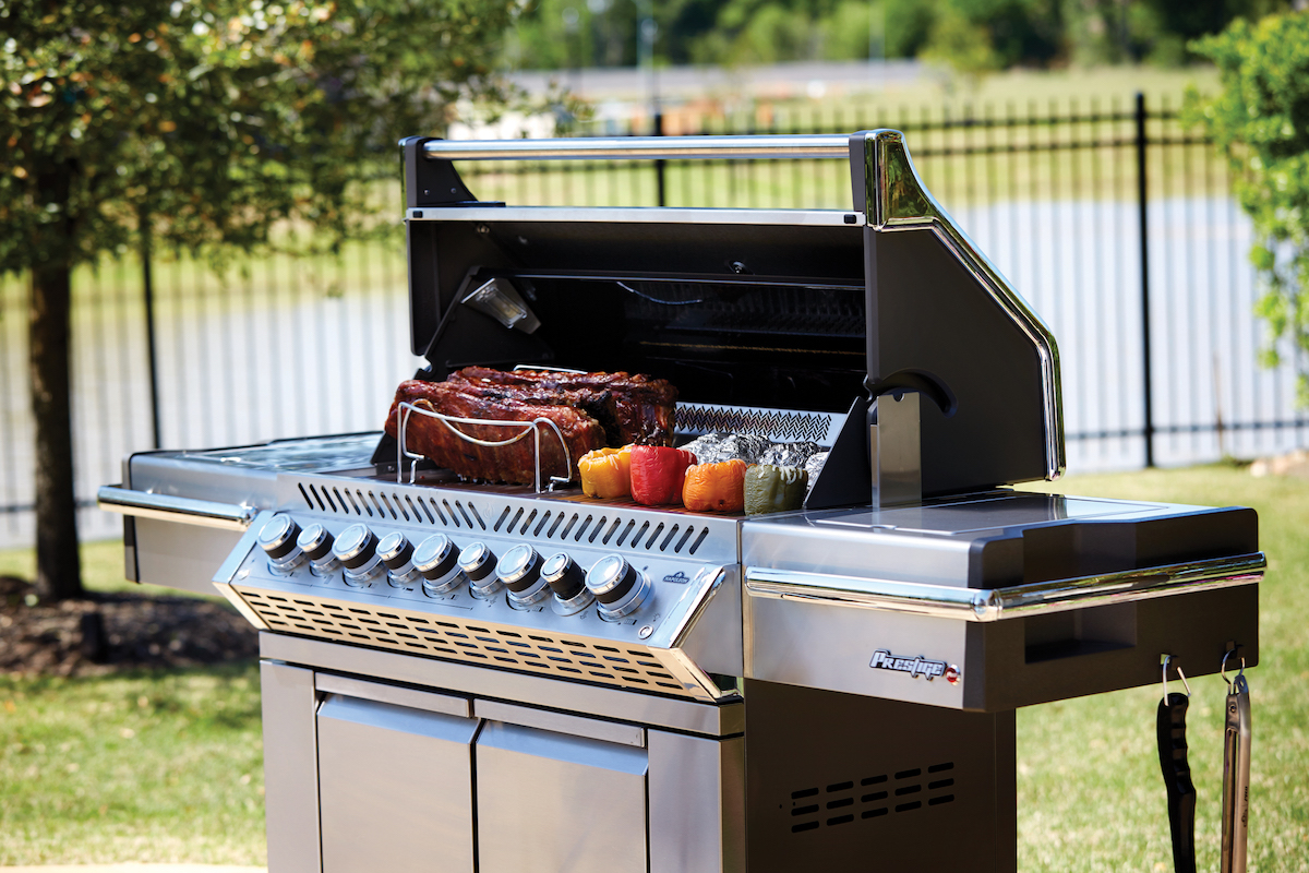 Prestige Pro 665 Propane Gas Grill With Infrared Rear And