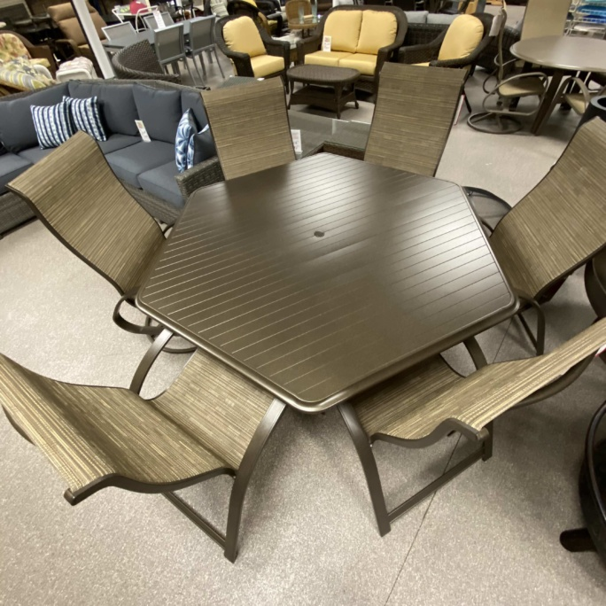Telescope 56 Quot Round Table Amp Primera Sling Chairs